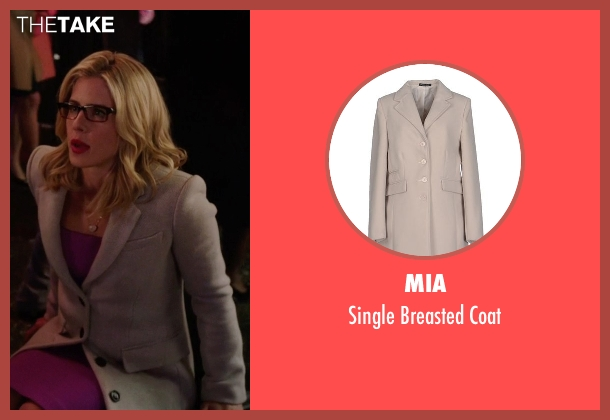 Mia gray coat from Arrow seen with Felicity Smoak (Emily Bett Rickards)