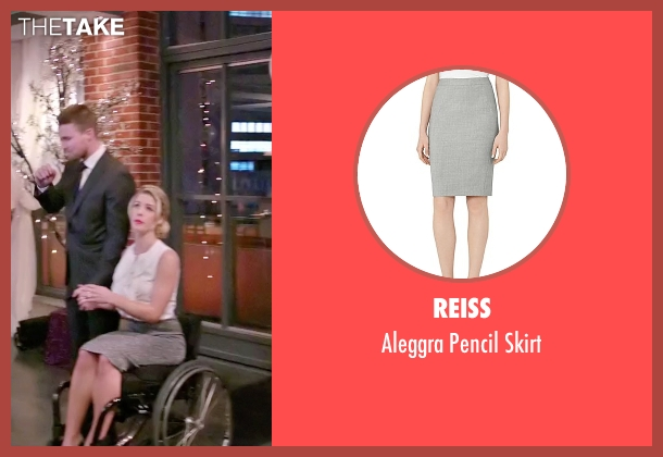 Reiss gray skirt from Arrow seen with Felicity Smoak (Emily Bett Rickards)