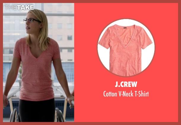 J.Crew red t-shirt from Arrow seen with Felicity Smoak (Emily Bett Rickards)