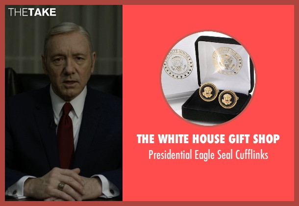 The White House Gift Shop gold cufflinks from House of Cards seen with Frank Underwood (Kevin Spacey)