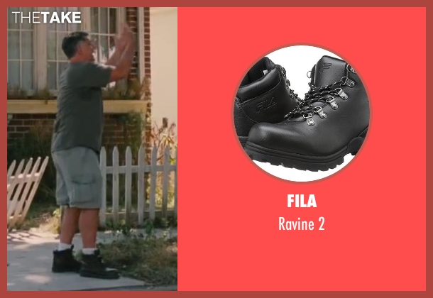 Fila black 2 from St. Vincent seen with Gabe Hernandez (Latin Mover)