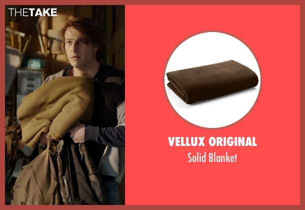 Vellux Original blanket from The Best of Me seen with Gerald McRaney (Tuck)