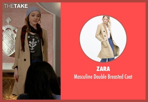 Zara beige coat from Scream Queens seen with Grace Gardner (Skyler Samuels)
