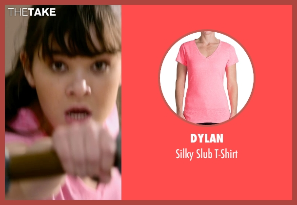 Dylan pink t-shirt from Barely Lethal seen with Hailee Steinfeld (Megan Walsh)