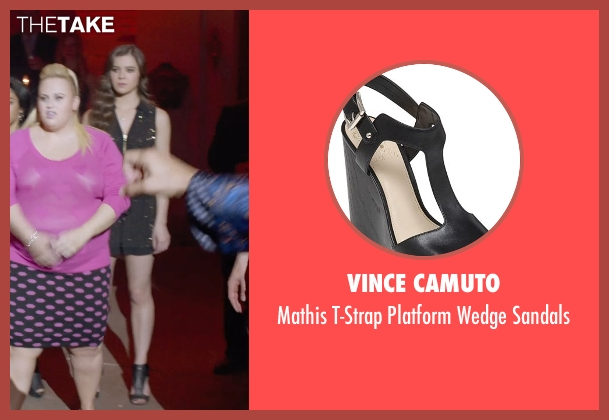 Vince Camuto black sandals from Pitch Perfect 2 seen with Hailee Steinfeld (Emily Hobbs)