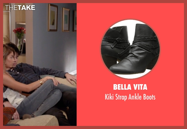 Bella Vita gray boots from Modern Family seen with Haley Dunphy (Sarah Hyland)