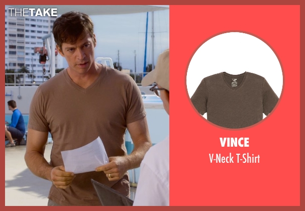 Vince brown t-shirt from Dolphin Tale 2 seen with Harry Connick Jr. (Dr. Clay Haskett)