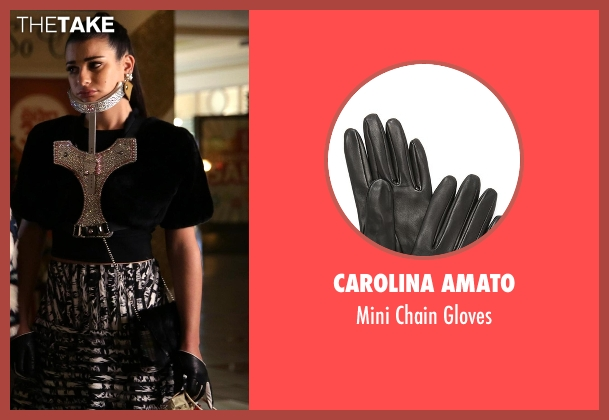 Carolina Amato black gloves from Scream Queens seen with Hester Ulrich (Lea Michele)