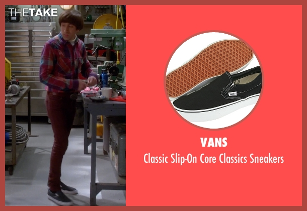 Vans black sneakers from The Big Bang Theory seen with Howard Wolowitz (Simon Helberg)