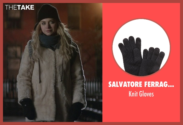 Salvatore Ferragamo black gloves from That Awkward Moment seen with Imogen Poots (Ellie)