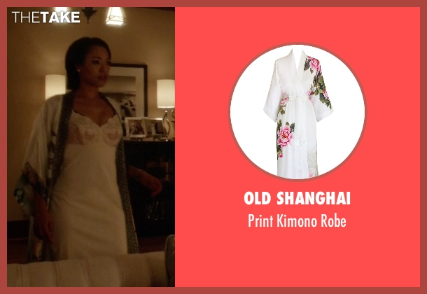 Old Shanghai white robe from The Flash seen with Iris West / Iris West-Allen (Candice Patton)