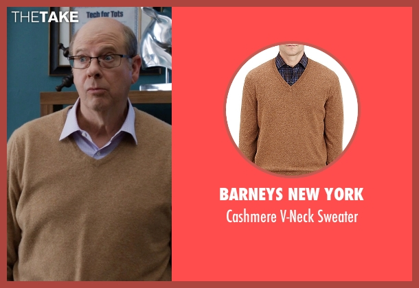 Barneys New York brown sweater from Silicon Valley seen with Jack Barker (Stephen Tobolowsky)