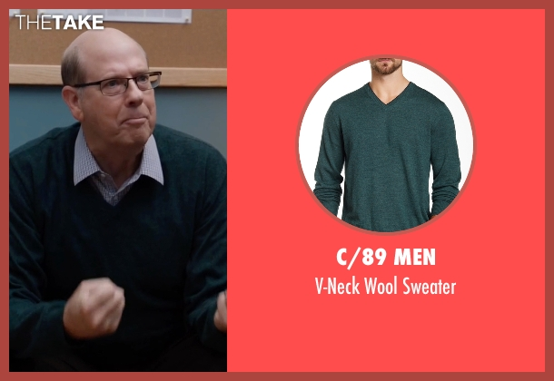 C/89 Men green sweater from Silicon Valley seen with Jack Barker (Stephen Tobolowsky)