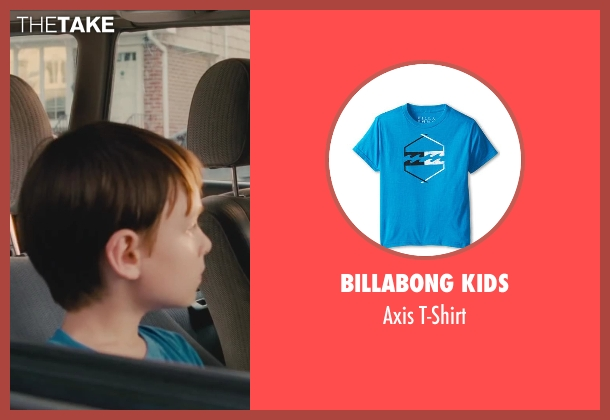 Billabong Kids blue t-shirt from St. Vincent seen with Jaeden Lieberher (Oliver)