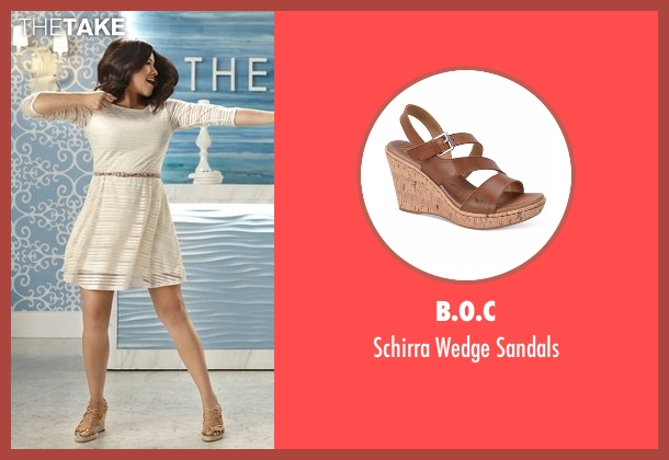 B.O.C brown sandals from Jane the Virgin seen with Jane Villanueva (Gina Rodriguez)