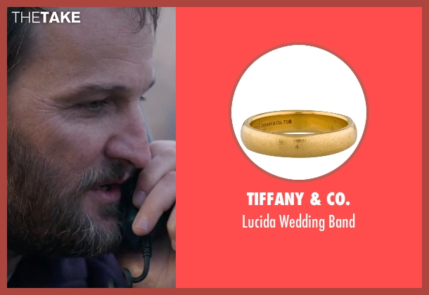 Tiffany & Co. gold band from Everest seen with Jason Clarke (Rob Hall)