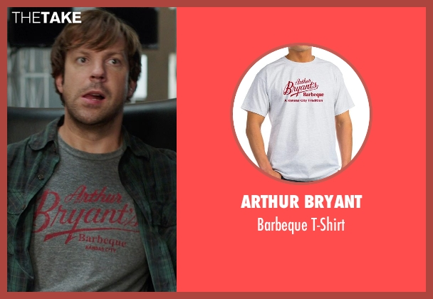 Arthur Bryant gray t-shirt from We're the Millers seen with Jason Sudeikis (David Clark)