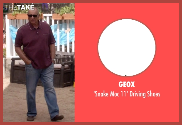 Geox brown shoes from Modern Family seen with Jay Pritchett (Ed O'Neill)