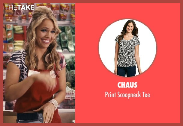 Chaus white tee from Ted seen with Jessica Barth (Tami-Lynn)