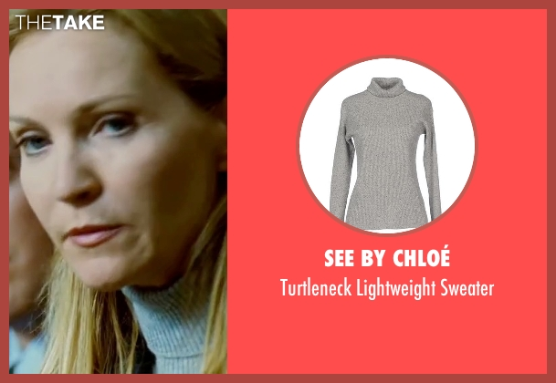 See By Chloé gray sweater from The Bourne Ultimatum seen with Joan Allen (Pam Landy)