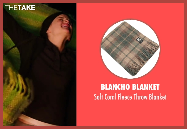 Blancho Blanket blanket from Wish I Was Here seen with Joey King (Grace)