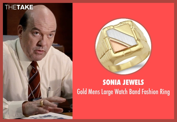 Sonia Jewels gold ring from Hot Pursuit seen with John Carroll Lynch (Captain Emmett)
