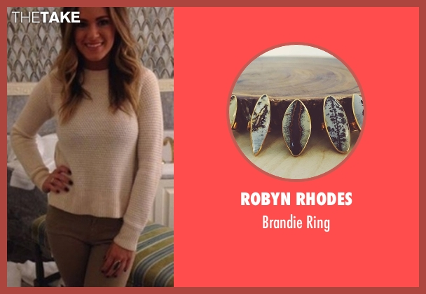 Robyn Rhodes blue ring from The Bachelorette seen with JoJo Fletcher
