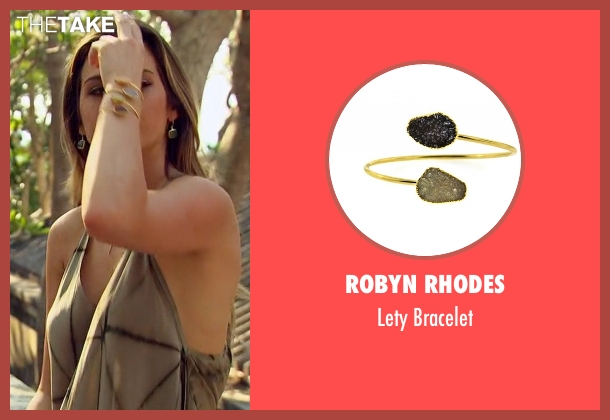 Robyn Rhodes gold bracelet from The Bachelorette seen with JoJo Fletcher