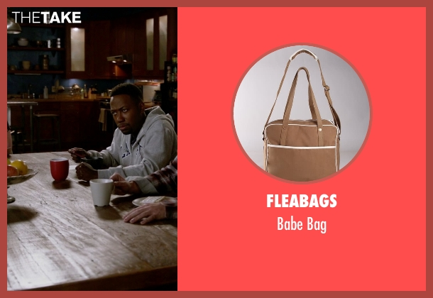 Fleabags bag from (500) Days of Summer seen with Joseph Gordon-Levitt (Tom)