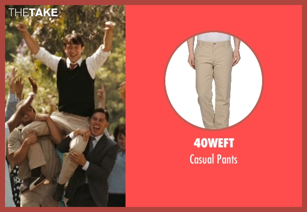40Weft beige pants from (500) Days of Summer seen with Joseph Gordon-Levitt (Tom)