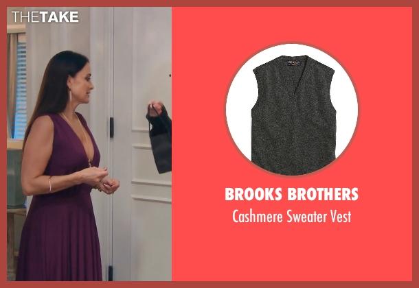 Brooks Brothers gray vest from (500) Days of Summer seen with Joseph Gordon-Levitt (Tom)