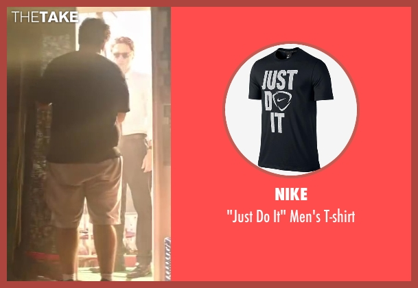 Nike black t-shirt from Wish I Was Here seen with Josh Gad (Jgayonah Bloom)