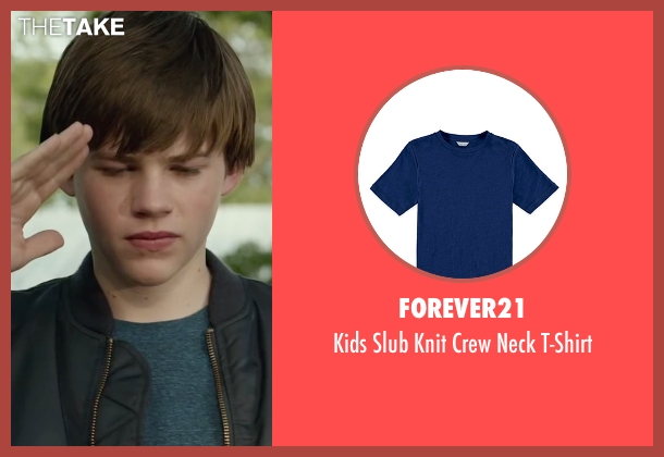 Forever21 blue t-shirt from Max seen with Josh Wiggins (Justin Wincott)