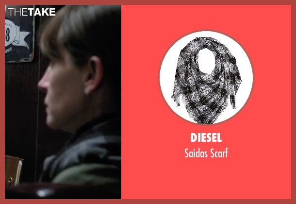 Diesel black scarf from Secret in Their Eyes seen with Julia Roberts (Jess)