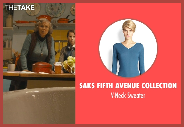 Saks Fifth Avenue Collection blue sweater from Paddington seen with Julie Walters (Mrs. Bird)