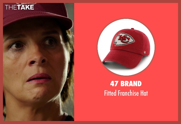 47 Brand red hat from The 33 seen with Juliette Binoche (María Segovia)