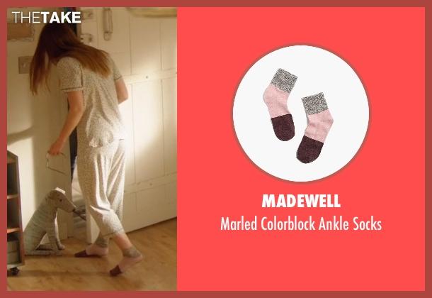 Madewell socks from Supergirl seen with Kara Danvers/Supergirl (Melissa Benoist)