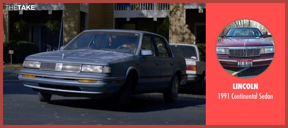 Lincoln sedan from Captive seen with Kate Mara (Ashley Smith)