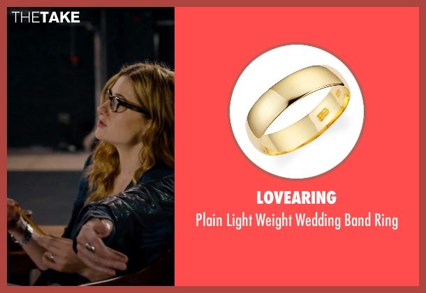 Lovearing gold ring from She's Funny That Way seen with Kathryn Hahn (Delta Simmons)