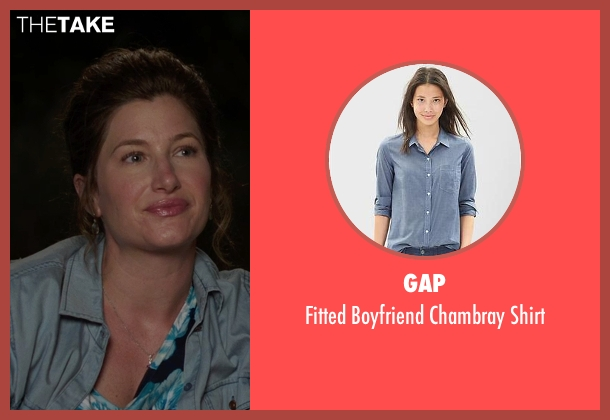 Gap blue shirt from We're the Millers seen with Kathryn Hahn (Edie Fitzgerald)