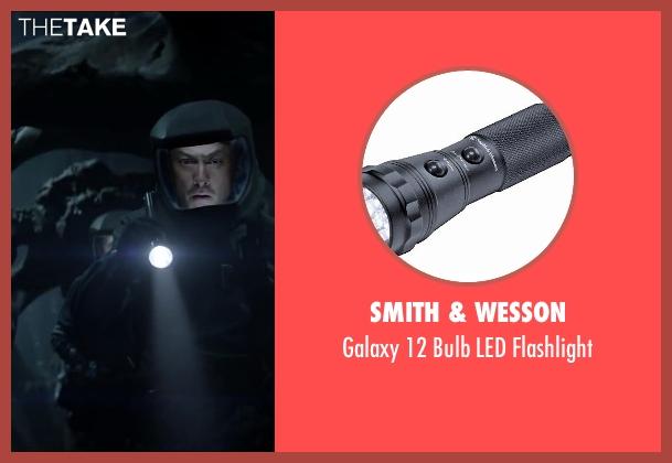Smith & Wesson flashlight from Godzilla seen with Ken Watanabe (Ichiro Serizawa)