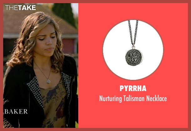 Pyrrha silver necklace from Arrow seen with Kendra Saunders / Hawkgirl (Ciara Renée)