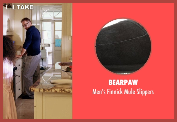 Bearpaw black slippers from Black or White seen with Kevin Costner (Elliot Anderson)