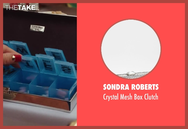 Sondra Roberts silver clutch from Sex and the City 2 seen with Kim Cattrall (Samantha Jones)
