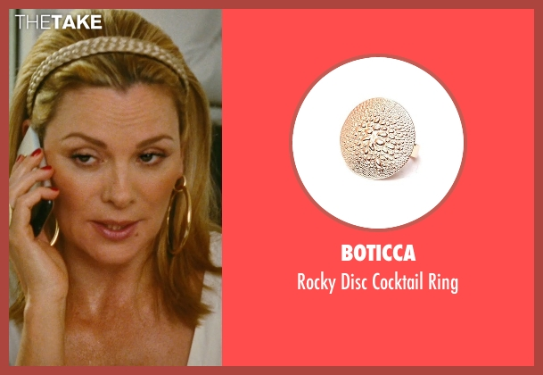 Boticca gold ring from Sex and the City seen with Kim Cattrall (Samantha Jones)