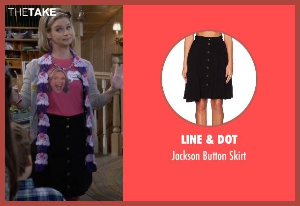 Line & Dot black skirt from Fuller House seen with Kimmy Gibbler (Andrea Barber)