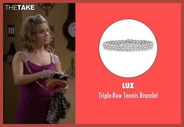 Lux silver bracelet from Fuller House seen with Kimmy Gibbler (Andrea Barber)