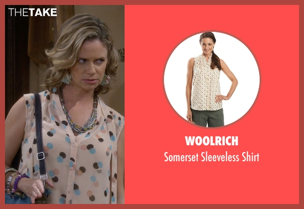 Woolrich white shirt from Fuller House seen with Kimmy Gibbler (Andrea Barber)