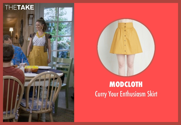 Modcloth yellow skirt from Fuller House seen with Kimmy Gibbler (Andrea Barber)