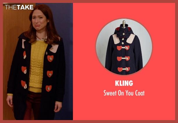 Kling black coat from Unbreakable Kimmy Schmidt seen with Kimmy Schmidt (Ellie Kemper)